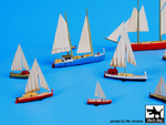 Sailing boats accessories set