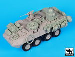 1\35 US Stryker WINT-T B with equip.accessories set